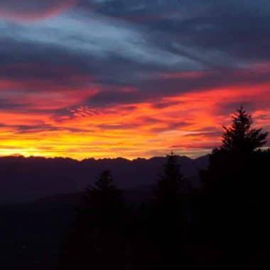 Couche de soleil dans le camping a Grenoble