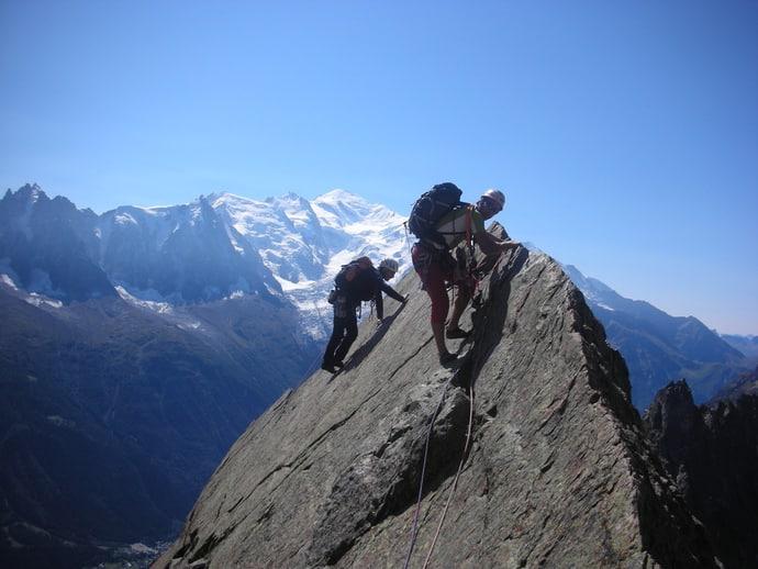L'escalade proche du camping en montagne alpe